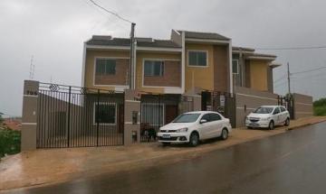 Casa / Sobrado em Ponta Grossa Alugar por R$900,00