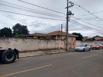Alugar Casa / Padrão em Ponta Grossa. apenas R$ 330.000,00