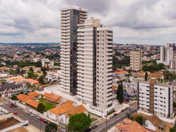 Apartamento / Padrão em Ponta Grossa , Comprar por R$1.300.000,00