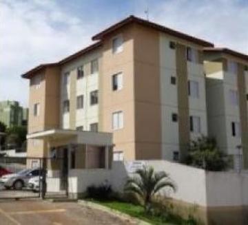 Apartamento / Padrão em Ponta Grossa , Comprar por R$145.000,00