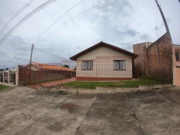 Casa / Padrão em Ponta Grossa