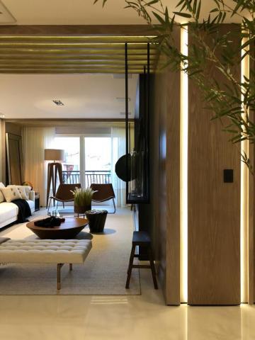 Comprar Apartamento / Padrão em Ponta Grossa R$ 1.500.000,00 - Foto 8