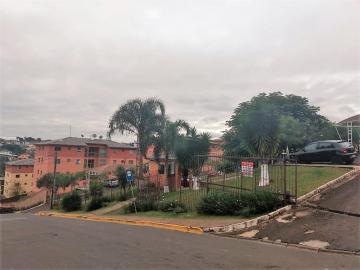 Apartamento / Padrão em Ponta Grossa , Comprar por R$125.000,00