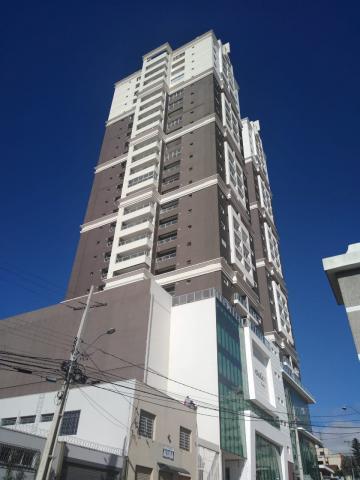 Apartamento / Padrão em Ponta Grossa , Comprar por R$395.000,00