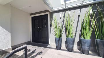 Apartamento / Padrão em Ponta Grossa , Comprar por R$430.000,00