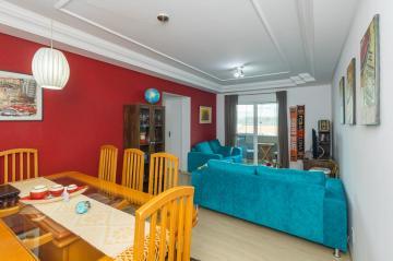 Apartamento / Padrão em Ponta Grossa , Comprar por R$325.000,00