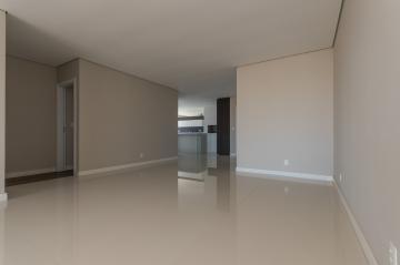 Alugar Apartamento / Padrão em Ponta Grossa R$ 3.800,00 - Foto 4