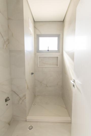Comprar Apartamento / Padrão em Ponta Grossa R$ 1.100.000,00 - Foto 17