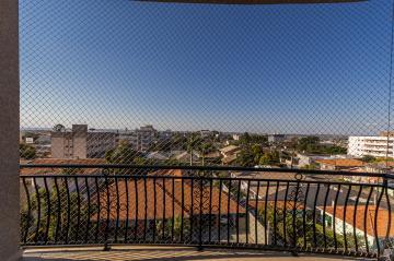 Alugar Apartamento / Padrão em Ponta Grossa R$ 3.900,00 - Foto 6