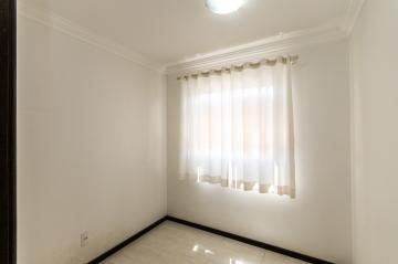 Alugar Apartamento / Padrão em Ponta Grossa R$ 1.100,00 - Foto 12