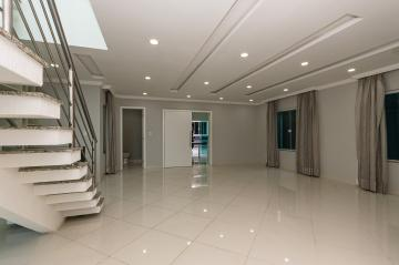 Alugar Casa / Condomínio em Ponta Grossa R$ 5.500,00 - Foto 2