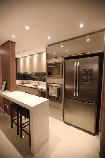 Comprar Apartamento / Padrão em Ponta Grossa R$ 850.000,00 - Foto 11