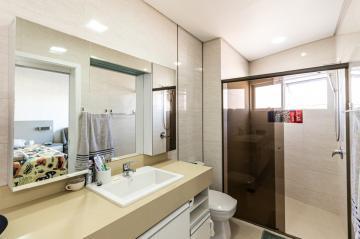 Comprar Apartamento / Padrão em Ponta Grossa R$ 990.000,00 - Foto 17