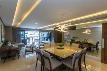 Alugar Apartamento / Padrão em Ponta Grossa. apenas R$ 813.000,00